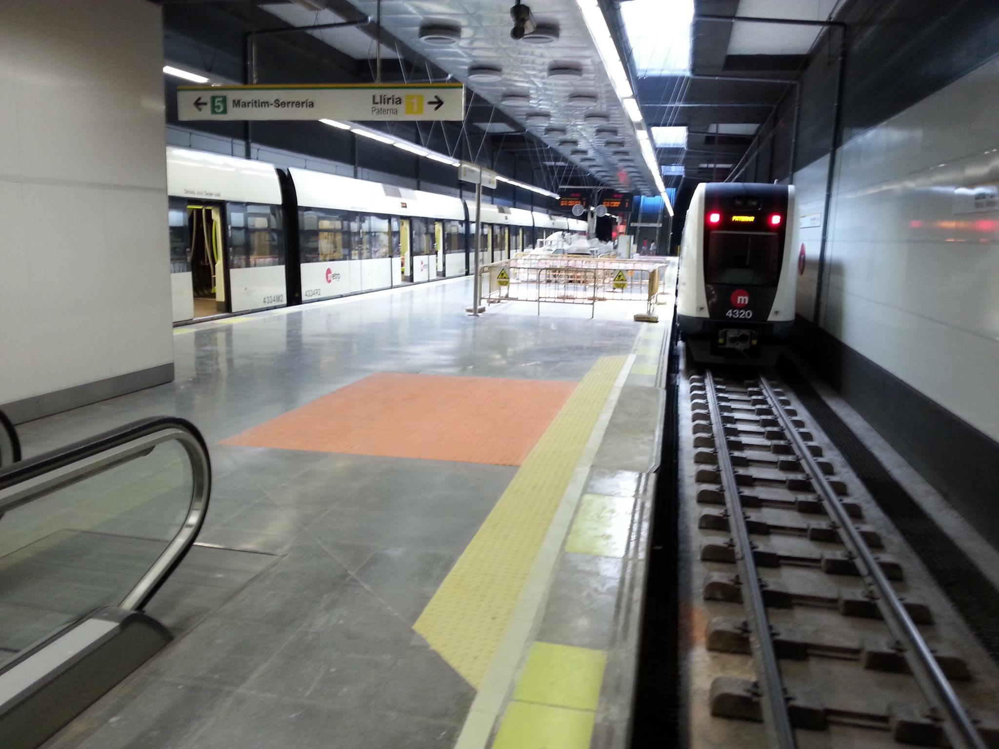 metro angel guimera